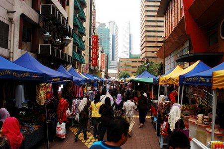 شارع تنكو عبد الرحمن في كوالالمبور