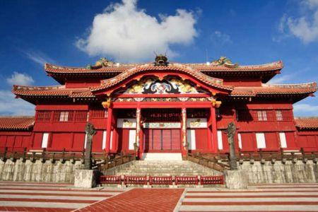 قلعة شوري في كيوشو - اليابان