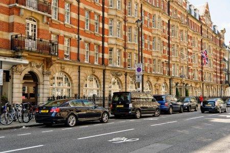 شارع أدجوير في لندن