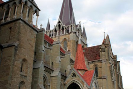 كاتدرائية نوتردام في لوزان