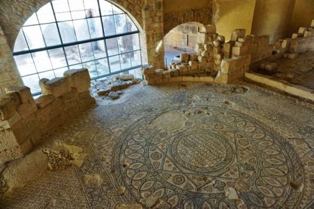 معهد فن الفسيفساء والترميم في مادبا - الأردن