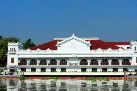 قصر مالاكانانج في مانيلا - الفلبين