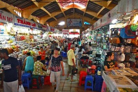 سوق بن ثانه في مدينة هو تشي منهبفيتنام