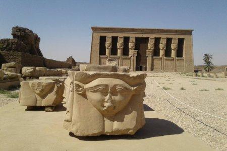 معبد دندرة في مصر