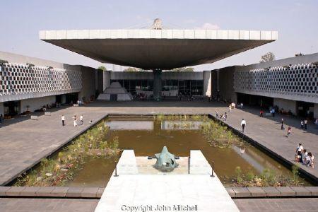 المتحف الوطني للأنثروبولوجيا في مكسيكو سيتي - المكسيك