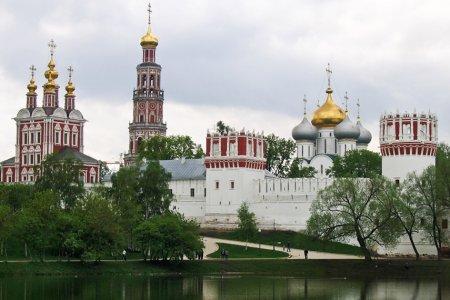 دير نوفوديفيتشي في مدينة موسكو