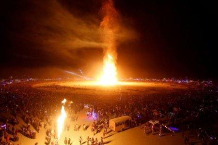 مهرجان حرق الانسان السنوي
