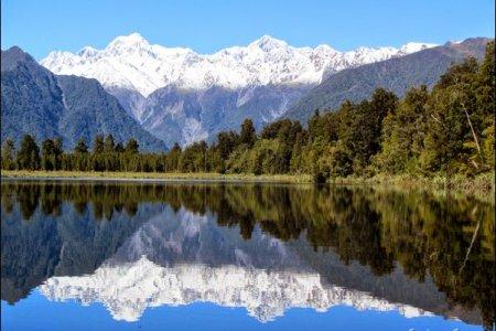 بحيرة ماثيسون في نيوزيلندا