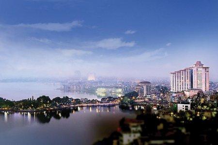 البحيرة الغربيةفي هانوي - فيتنام