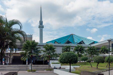 المسجد الوطني في كوالالمبور - ماليزيا