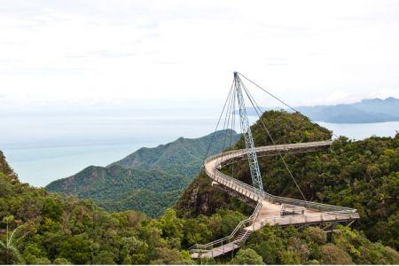 جسر السماء لانكاوي في ماليزيا