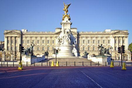 قصر باكنغهام لندن