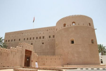 حصن قريات في سلطنة عمان