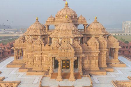معبد سوامينارايان اكشاردام في نيودلهي - الهند
