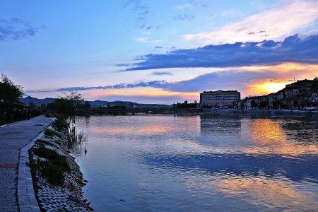 النهر الأحمر تركيا