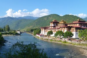 دليل السياحة والمناطق السياحية في مملكة بوتان