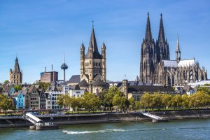دليل السياحة في كولونيا - ألمانيا