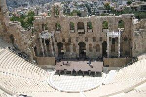 مسرح ديونيسيوس في أثينا باليونان