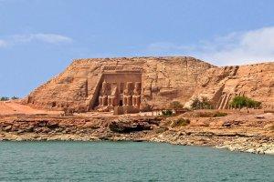 بحيرة ناصر في مصر
