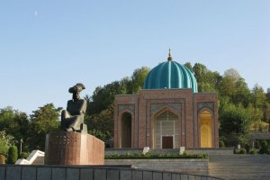 متحف بابور بمدينة أنديجان
