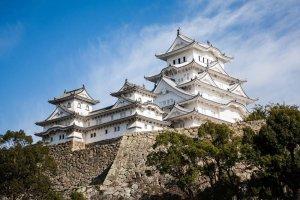 قلعة أوساكا في اليابان