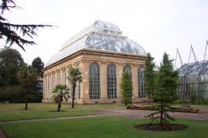الحديقة النباتية الملكية في ادنبره