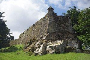 قلعة كاسترو