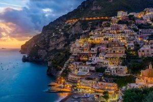 جزيرة كابري في إيطاليا