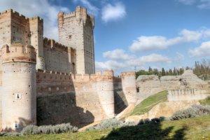 قلعة لا موتا في اسبانيا , اجمل قلاع العالم .