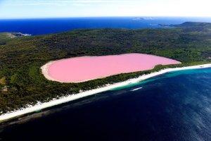 بحيرة هيلر في أستراليا