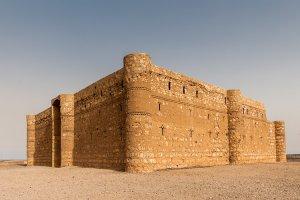 قصر الحلابات - الزرقاء