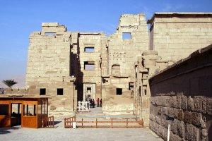 معبد رمسيس الثالث في الأقصر