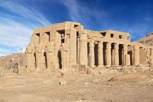 معبد الرامسيوم في الأقصر