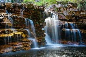 شلالات حديقة تشابادا ديمانتينا الوطنية