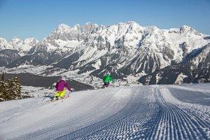 التزلج في مدينة سخلادميخ