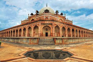 مقبرة همايون في نيودلهي بالهند
