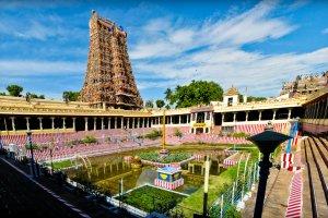 معبد ميناكشي عمان في الهند