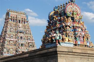 معبد كابليشوارار في مدينة تشيناي بالهند