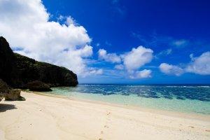 جزيرة يوناجوني