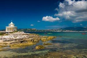 أرغوستولي عاصمة جزيرة كيفالونيا