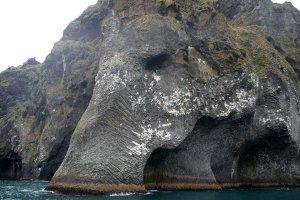 جبل الفيل في جزيرة هيماي في آيسلندا