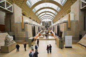 متحف أورسيه في باريس