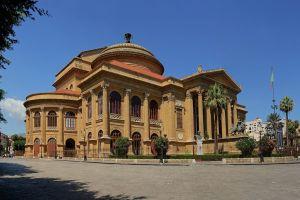 مسرح ماسيمو في باليرمو - إيطاليا