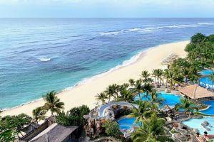 شاطئ نوسا دوا في بالي - إندونيسيا