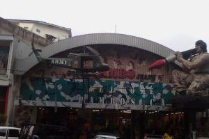 سوق الجينز في باندونق - إندونيسيا