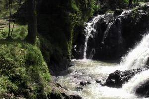 شلالات ماربيا في باندونق - إندونيسيا