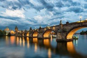 جسر كارل في براغ