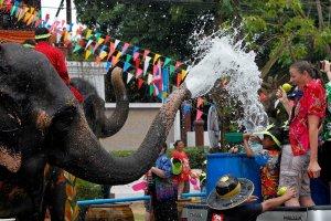 مهرجان عيد الماء أو سونغكران