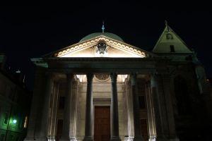 كاتدرائية القديس بيير في جنيف السويسرية