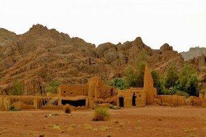 آثار قصر حاتم الطائي في توارن